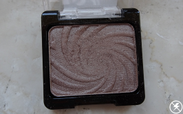 Wet n Wild Color Icon Eye Shadow Single (Nutty) Close Up No Flash