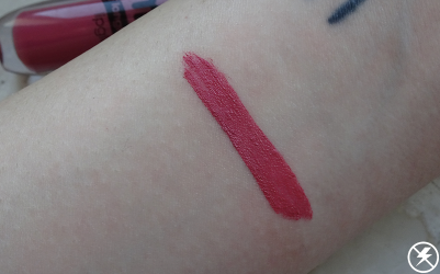Essence Matt Matt Matt Lipstick (03 Girl of Today) Swatches No Flash
