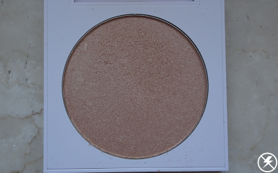 Colourpop Pressed Powder Highlighter (Here Kitty Kitty) Close Up No Flash
