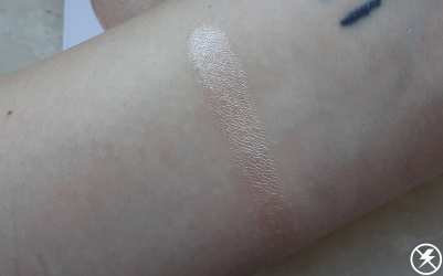 Colourpop Pressed Powder Highlighter (Here Kitty Kitty) Swatches No Flash